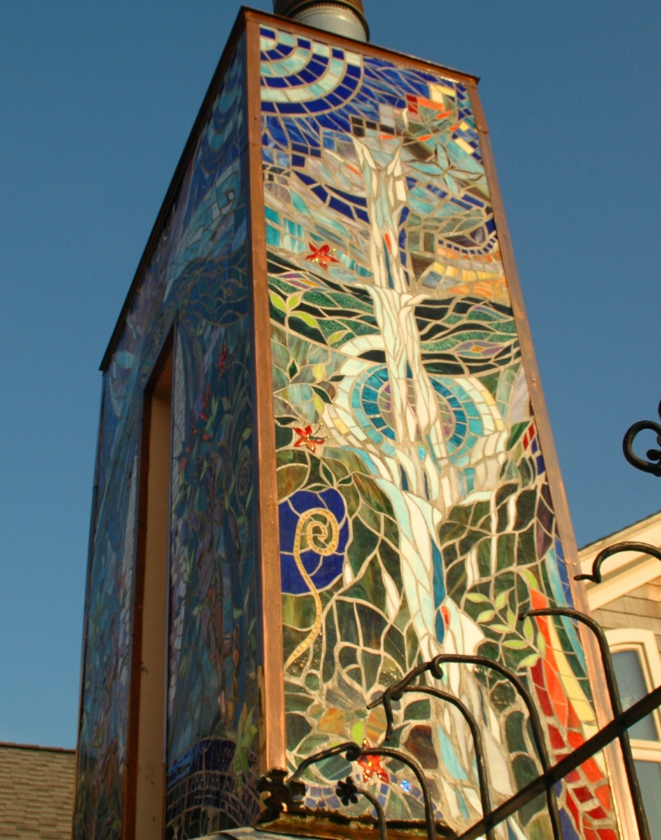 Mosaic Chimney- Water side- Atlantis-upper-West
